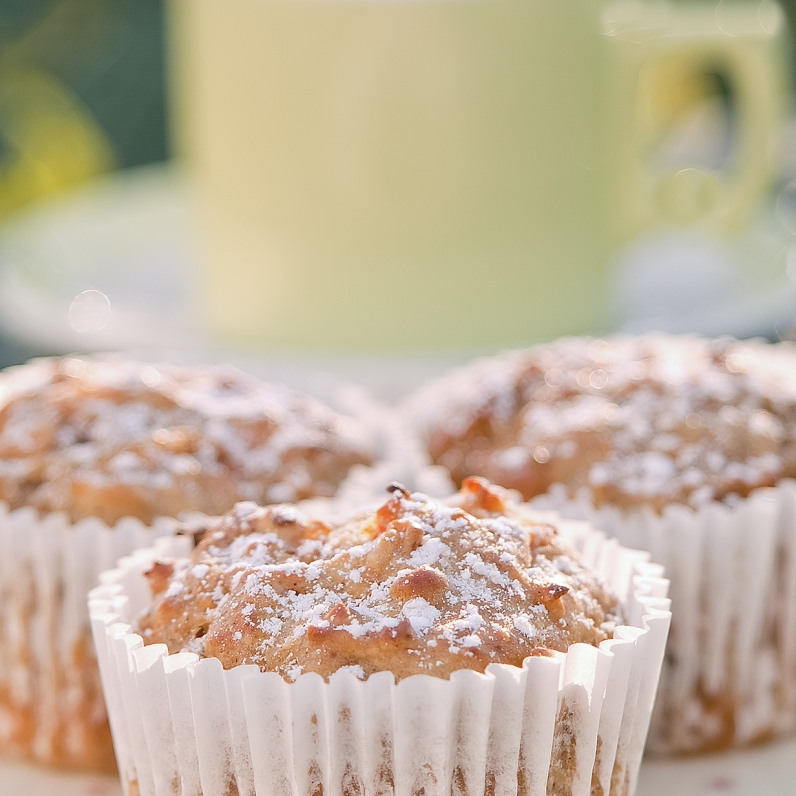 Morning-tea-with-muffins